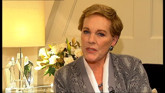 dame julie andrews interview; dame julie andrews interview continues sot - on her throat surgery 14 years ago / not making a comeback, her voice... - julie andrews stock videos & royalty-free footage