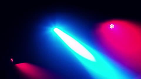 vídeos y material grabado en eventos de stock de música baile luz del disco por la noche en el club dj - luces estroboscópicas