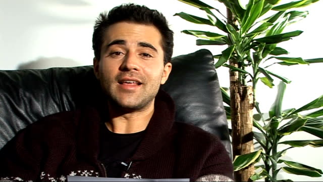 darius campbell interview darius campbell interview continues sot on his favourite author and book the great gatsby by f scott fitzgerald / reads the... - f. scott fitzgerald writer stock videos and b-roll footage