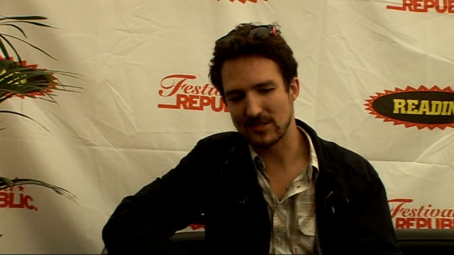 day 2 of reading festival 2009 interviews frank turner interview sot reading festival is great has been turning point talks about his set saying he... - reading and leeds festivals stock videos & royalty-free footage