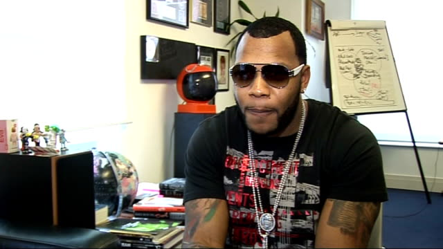 Flo Rida interview Flo Rida interview SOT On the Guitar Hero World Tour remix of 'Low' / Would like to collaborate with Beyonce and Outkast / On...