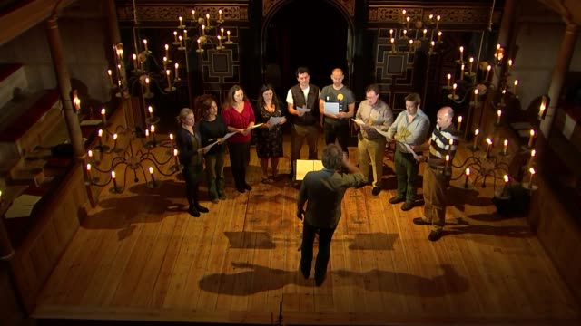 music from anne boleyn's songbook performed for first time in 500 years england london int various shots of alamire choir singing on stage during... - リチャード・パロット点の映像素材/bロール