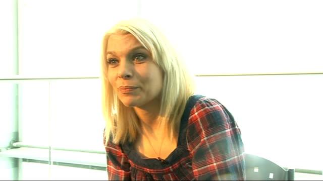 Hafdis Huld interview Hafdis Huld interview continues SOT On Icelanic folk music / Bjork / on English sense of humour / [puts on an English accent] /...