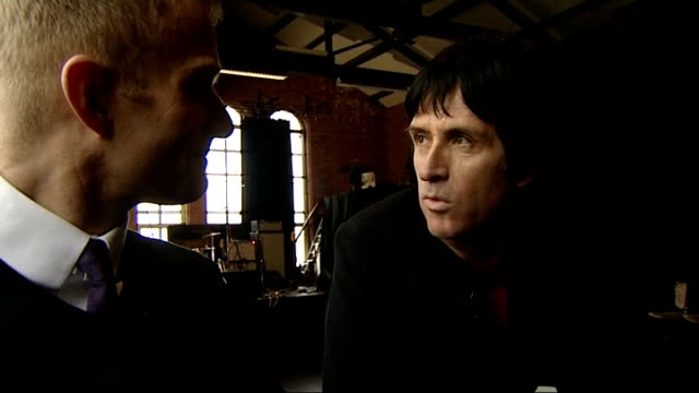 johnny marr to release solo album marr interview with reporter in shot sot - ジョニー マー点の映像素材/bロール