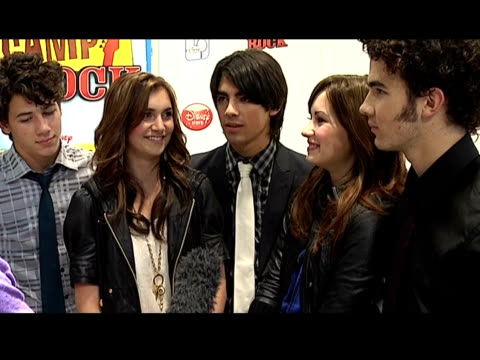 Jonas Brothers interview Jonas Brothers and Demi Lovato and Alyson Stoner interview SOT Talks of being in London / talks of being movie stars / talks...