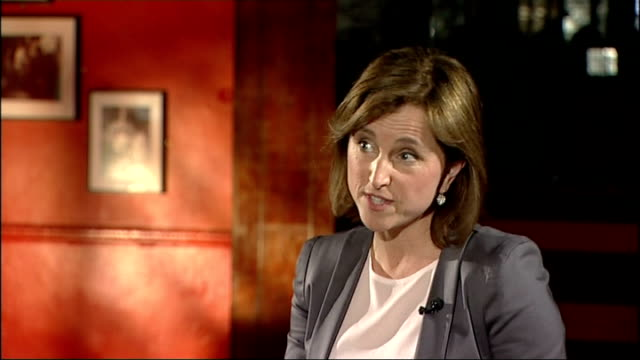 viv albertine of 'the slits' launches autobiography reporter asking question sot albertine interview sot talks of being devastated by the breakup of... - biographie stock-videos und b-roll-filmmaterial