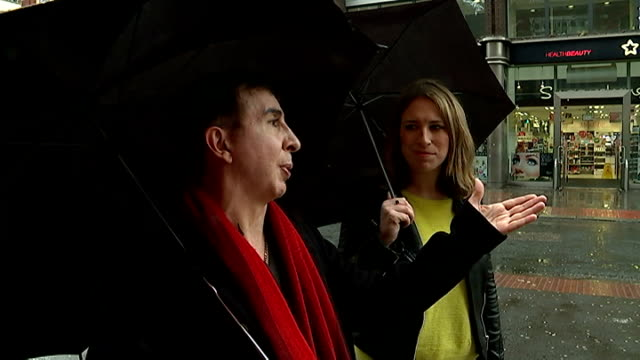 vídeos de stock, filmes e b-roll de marc almond new album ext almond discussing changes to soho with reporter sot almond and reporter down steps to music store almond playing keyboards... - título de álbum