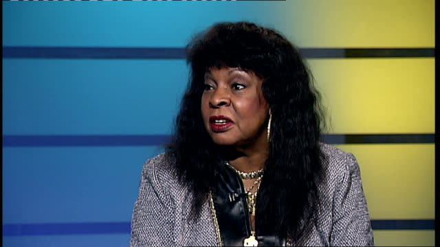 martha reeves interview; england: london: int martha reeves interview sot - on hearing marvin gaye singing 'dancing in the street' and how she... - mary wilson singer stock videos & royalty-free footage