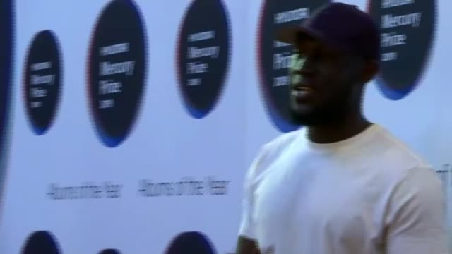 mercury prize 2019: red carpet interviews; england: london: hammersmith: int stormzy posing for photocall various shots of mercury award judges... - jamie cullum stock videos & royalty-free footage
