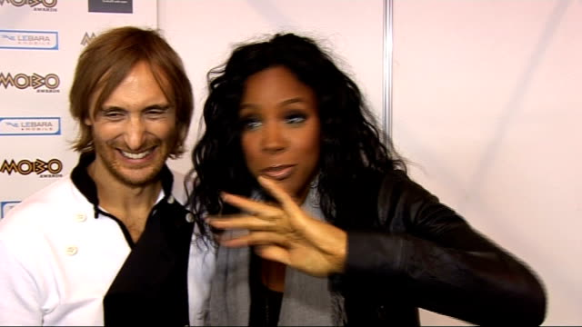 stockvideo's en b-roll-footage met awards held in glasgow; david guetta and kelly rowland interview sot - kelly rowland