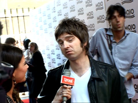 Mojo Awards 2007 ceremony celebrity photocalls / interviews Belinda Carlisle speaking to press / Noel Gallagher posing for photocall with pregnant...