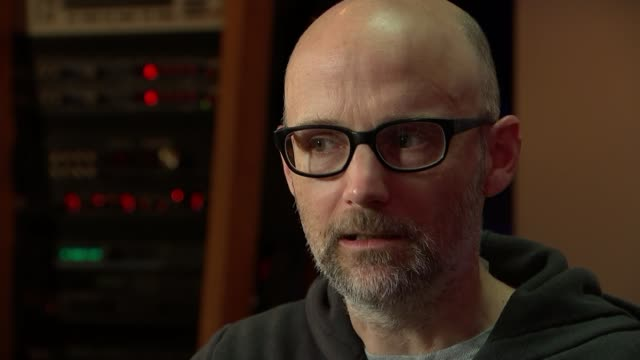 musician, producer and dj moby talks about his life after writing memoir; moby interview continues sot cutaways reporter - モービー点の映像素材/bロール