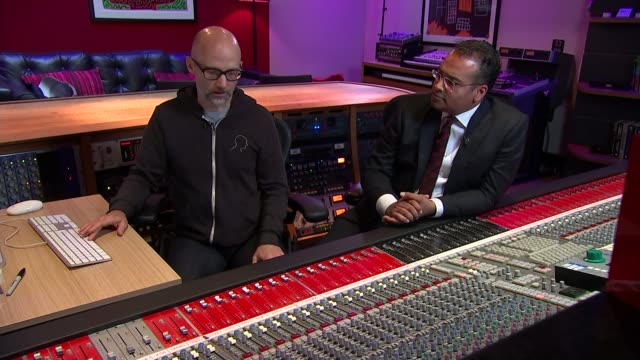 musician, producer and dj moby talks about his life after writing memoir; various of moby in studio showing reporter how he puts together his music... - モービー点の映像素材/bロール