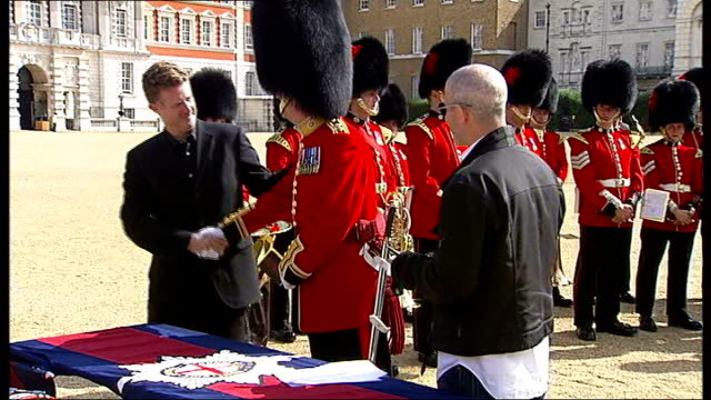 Coldstream Guards bandleader signing record deal with Decca Record executives