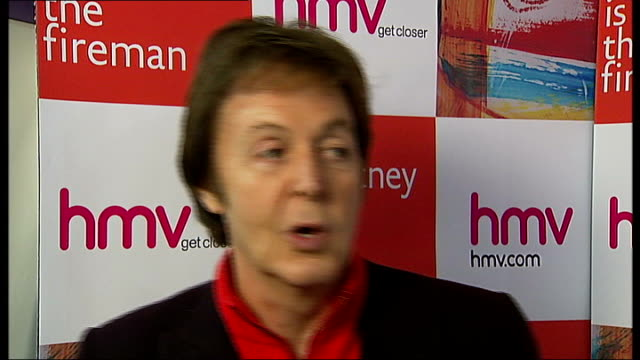 paul mccartney meets fans at 'the fireman' album signing mccartney interview sot on why he chose the name the fireman **mccartney interview overlaid... - アルバムのタイトル点の映像素材/bロール