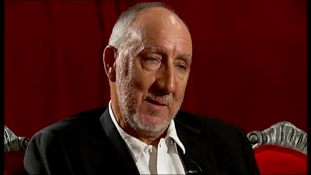vídeos de stock, filmes e b-roll de pete townshend interview townshend interview sot on touring the quadrophenia album i was following an indian master keith moon was buying a rolls... - rolls royce