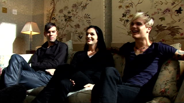vídeos y material grabado en eventos de stock de placebo interview; placebo interview sot - on playing at festivals / british festivals being muddy / on playing reading and leeds this year - looking... - reading and leeds festivals