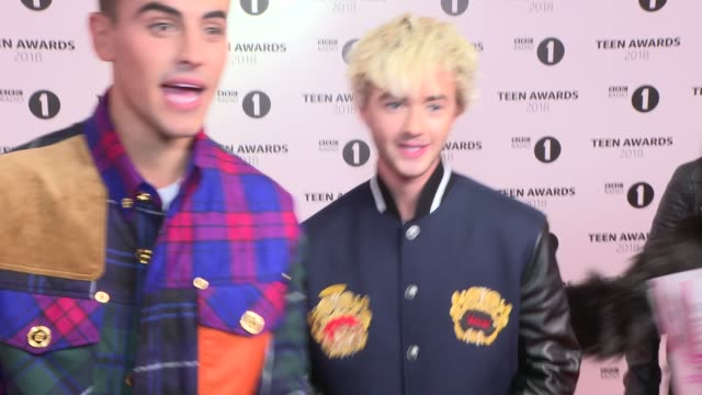 radio 1 teen awards: red carpet interviews; england: london: brent: the sse arena, wembley: int lennon stella posing for press / jack & jack posing... - wembley arena stock videos & royalty-free footage