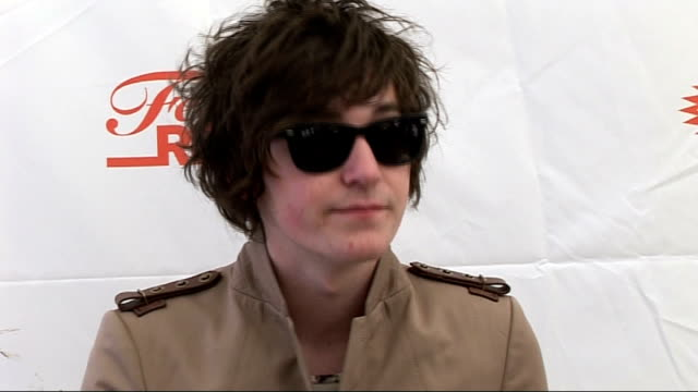 reading festival 2010 interviews george craig interview sot second time at reading good to be back / prefers reading atmosphere to leeds / just... - reading and leeds festivals stock videos and b-roll footage