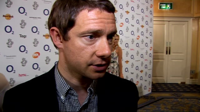 silver clef awards 2009 celebrity interviews and general views martin freeman interview sot on being there to present an award to madness / on... - martin freeman stock videos and b-roll footage