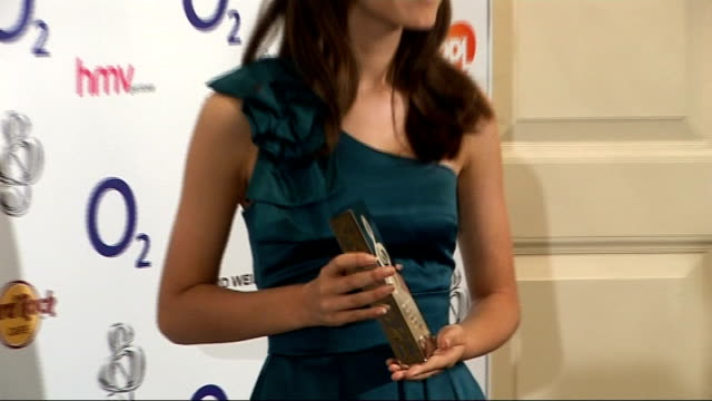 silver clef awards 2009 celebrity interviews and general views england london photography * * various of silver clef awards / faryl smith posing with... - music therapy stock videos & royalty-free footage