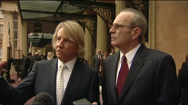 status quo guitarist rick parfitt dies aged 68 t12021047 / ext rick parfitt interview alongside francis rossi sot - guitarist stock videos & royalty-free footage