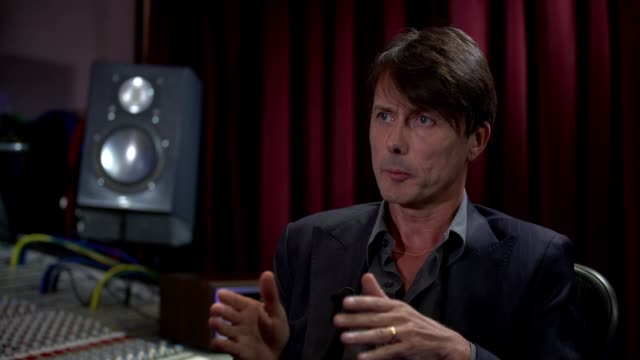 vídeos de stock, filmes e b-roll de suede release eighth studio album brett anderson interview england london int brett anderson interview sot - título de álbum