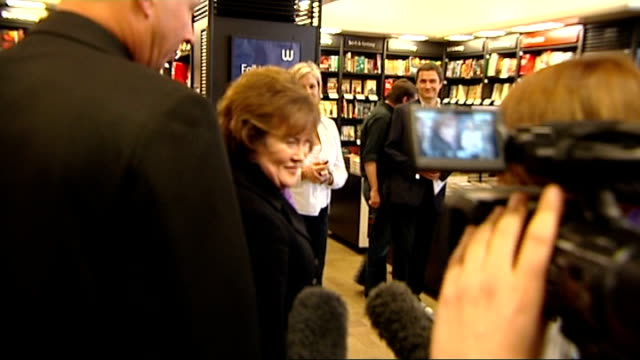 susan boyle autobiography book launch; int susan boyle speaking to press sot - i'm as good as anyone else and i can keep going / [on what is next for... - autobiography stock videos & royalty-free footage