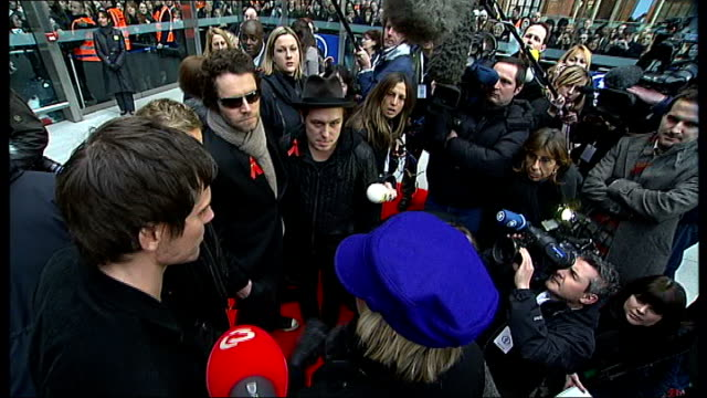 vidéos et rushes de take that launch new album 'the circus'; take that speaking to media - take that