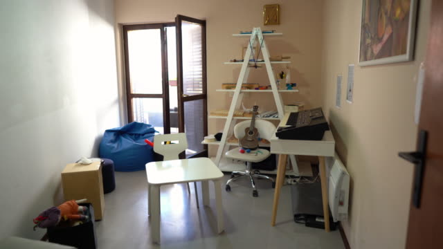 music therapy room in rehabilitation center - music therapy stock videos & royalty-free footage