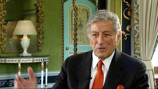 tony bennett interviewed england london tony bennett interview sot beautiful soul i wish her [winehouse] the best i hope she straightens up reporter... - soul music stock videos & royalty-free footage