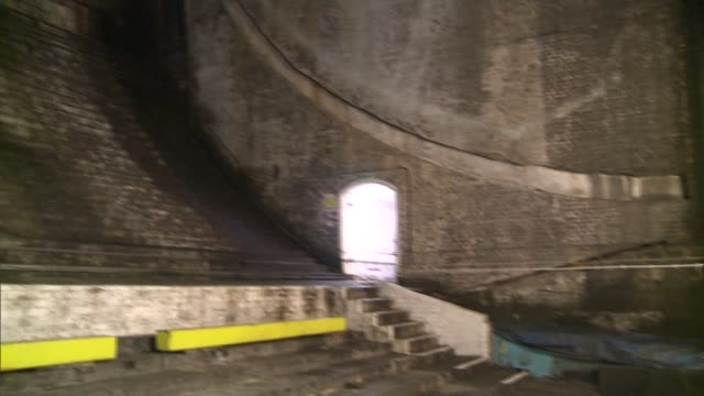 tower bridge 'bascule chambers' to host music concert; **sound overlay: 'bascule chamber' by ian chambers ** gvs of interior of bascule chamber... - bascule bridge stock videos & royalty-free footage