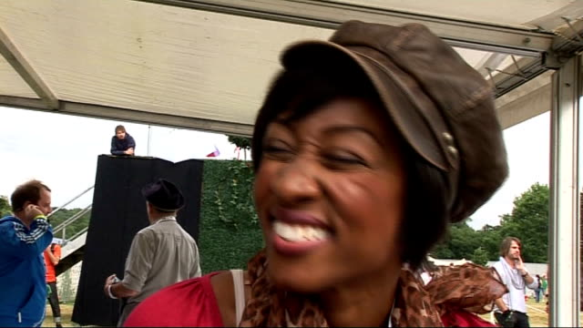 festival 2010: day two; beverley knight interview sot - on the event, who she's here to see, her festival outfit - glad she wore a hat! on her... - the x factor stock videos & royalty-free footage