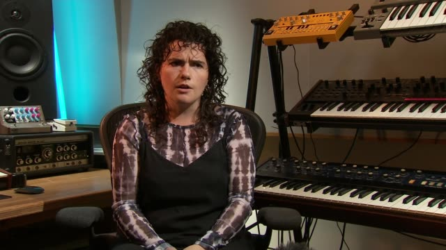 women outnumber men in mercury prize 2020 nominations; england: int georgia barnes set-up playing keyboard in studio and interview sot - mercury music prize stock-videos und b-roll-filmmaterial