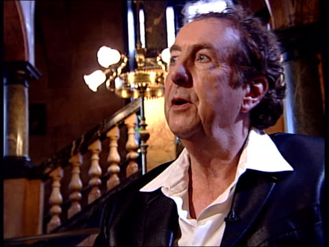 Eric Idle interview about his Python musical 'Spamalot' Eric Idle interview continues SOT you have to get over being a Python as there's no way to...