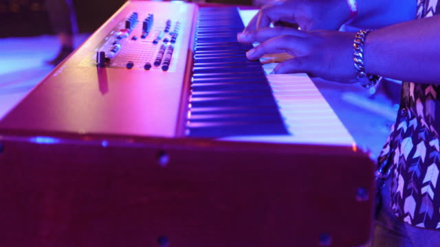 musician playing keyboard in concert - synthesizer stock videos & royalty-free footage