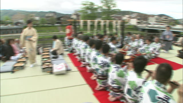 musicians entertain dinner guests at the noryo-yuka. - tatami mat stock videos and b-roll footage