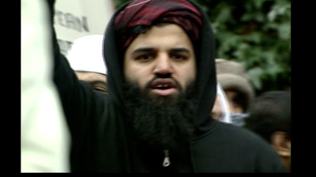 three men jailed 3 22006 england london ext abdul mahid leading other muslim protestors in chant of 'jihad' during protests against publication of... - publication stock videos & royalty-free footage