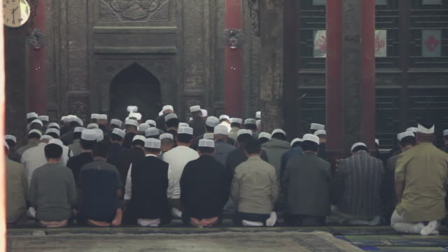 LS Muslim men praying in mosque/xian,shaanxi,China