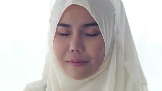muslim woman portrait - headscarf stock videos & royalty-free footage