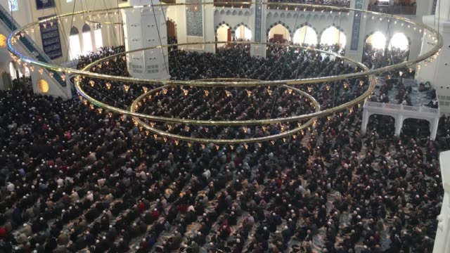 Muslim worshipers perform Friday prayer at the Camlica Mosque in Istanbul Turkey on March 08 2019 The largest mosque of Turkey opened for worship in...