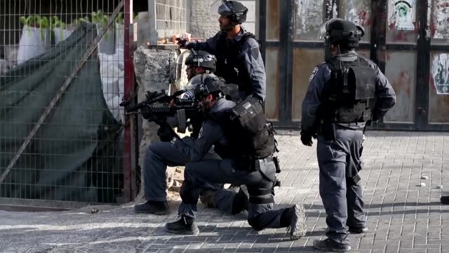 muslims and israeli police clashed at jerusalems flashpoint alaqsa mosque compound sunday hours before the start of the jewish new year the latest... - rosh hashanah stock videos & royalty-free footage