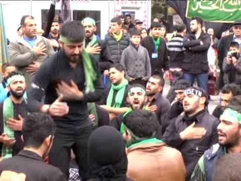 vídeos y material grabado en eventos de stock de muslims mark martyrdom anniversary of imam hussein, prophet muhammad's grandson, on a day known as tasua,in igdir, a city on east anatolia of turkey... - luto