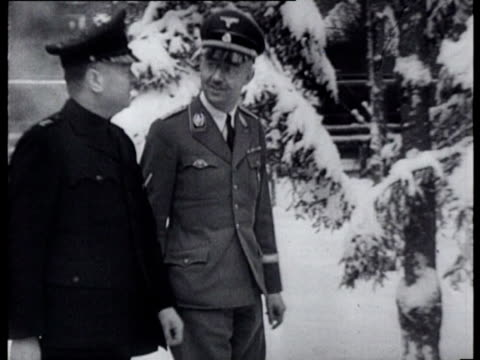 stockvideo's en b-roll-footage met mussert arrives in east prussia by train where he visits himmler and a division of the dutch volunteers legion that is stationed there - heinrich himmler
