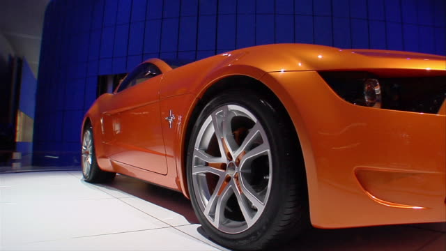 CU, Mustang Giugiaro concept car rotating on display, North American International Auto Show
