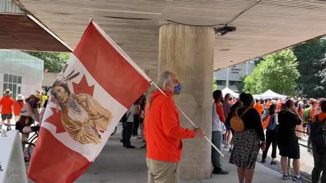 muted canada day celebration with a focus on first nations and reconciliation on july 1, 2021 in toronto, canada. after various sites with unmarked... - soft focus stock videos & royalty-free footage