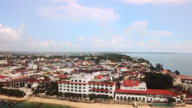私の夢の家はどこにでも海の近くにある - タンザニア点の映像素材/bロール