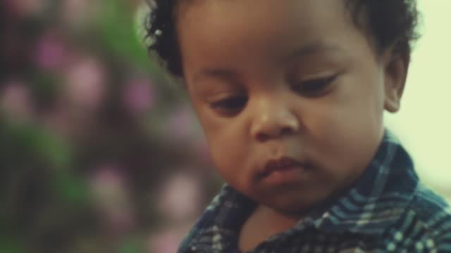 mein sohn - männliches baby stock-videos und b-roll-filmmaterial