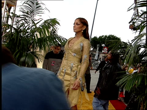 Mya arriving on the red carpet at the 2001 MTV Movie Awards