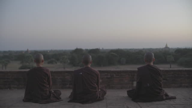 myanmar bagan - spiritualità video stock e b–roll